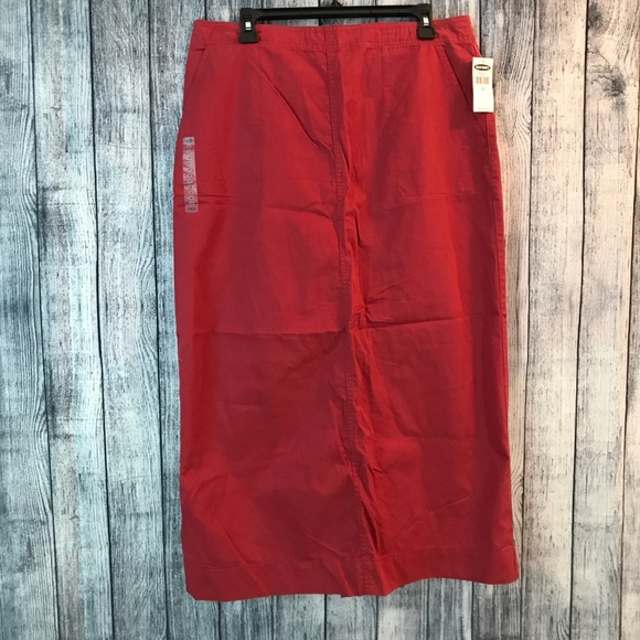 Old Navy Dresses & Skirts - NWT Old navy size 12 red maxi skirt